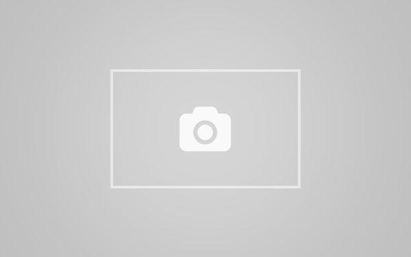 唯美性爱视频Getting her pussy ready